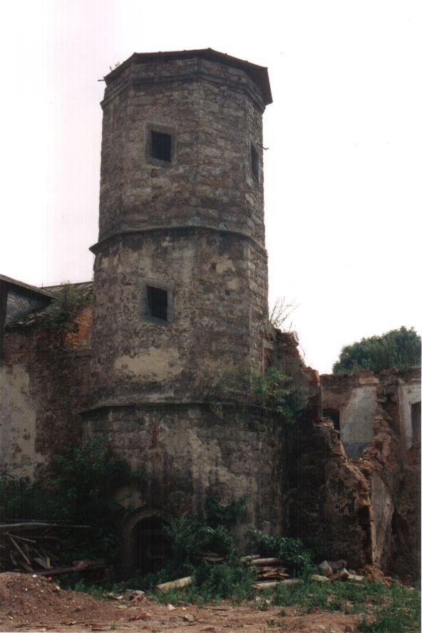 zamek-90.leta19