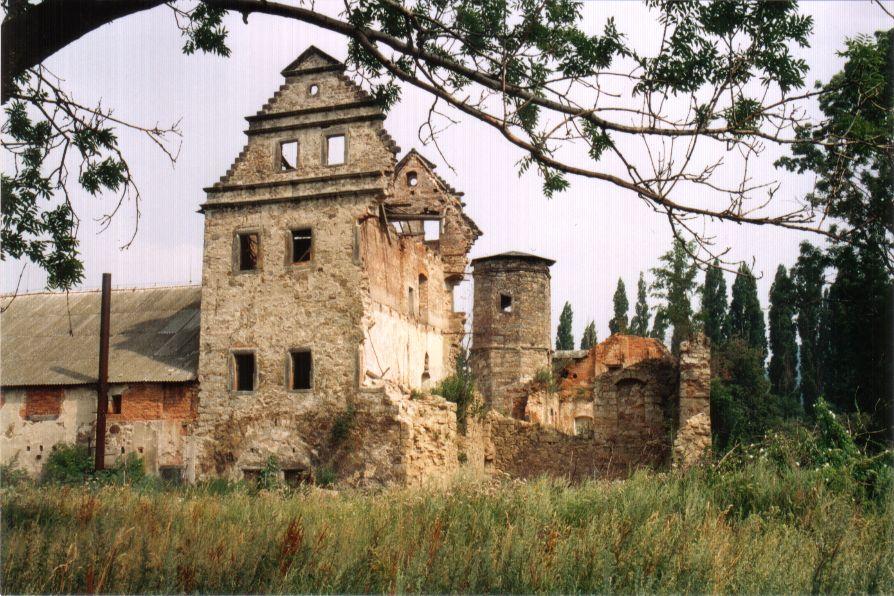zamek-90.leta3